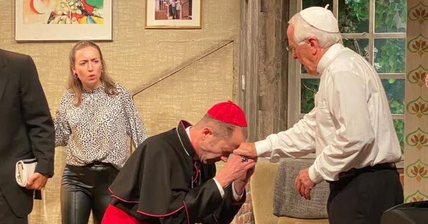 Kammerspiele Seeb – Der Tag an dem der Papst gekidnappt wurde von João Bethencourt
